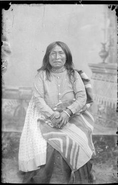 Marlenetta (aka Early Morning), a wife of Geronimo - Chiricahua Apache - 1886