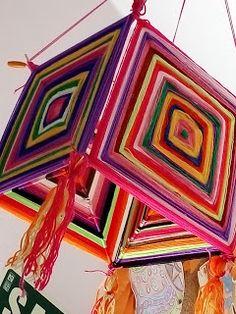 "Se me va el baifo: God´s eyes, enredando hilo ""HilArte"" God's Eye Craft, Art N Craft, Diy Wooden Projects, Craft Projects, Diy Crafts For Home Decor, Arts And Crafts, Yarn Crafts, Sewing Crafts, Gods Eye"
