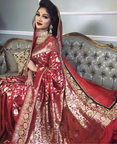 Ideas Dress Designer Pakistani Pakistan Wedding Source by dress pakistani Indian Bridal Outfits, Indian Bridal Lehenga, Indian Bridal Fashion, Pakistani Bridal, Bridal Dresses, Gold Lehenga Bridal, Red Saree Wedding, Asian Wedding Dress, Bollywood Wedding