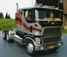 Big Rig Trucks, Toy Trucks, Semi Trucks, Freightliner Trucks, Peterbilt 379, Model Truck Kits, Old Wagons, Chevy Pickups, Ford Bronco