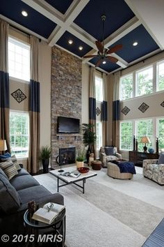 Blue Living Room Ideas (Interior Design Pictures) Living room with high ceiling painted blue and whiteLiving room with high ceiling painted blue and white Living Room Interior, Home Living Room, Living Room Designs, Living Room Decor High Ceilings, High Ceiling Living Room Modern, High Ceiling Decorating, Modern Ceiling, Living Area, Interior Design Pictures