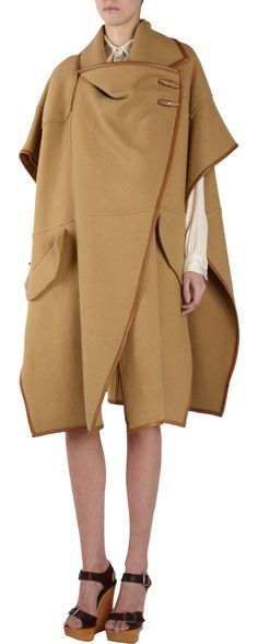 The Chloé Heritage Collection Wool and linen blend cape Love Fashion, High Fashion, Fashion Trends, Future Fashion, Classic Style, Style Me, Blanket Coat, Chloe, Duster Coat