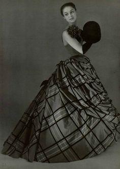 Pierre Balmain ball gown, 1954.
