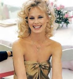 girl made it big in Hollywood from small town Minnesota. Murdered by jealous ex boyfriend. Jamie Lee, Dorothy Stratton, Most Beautiful, Beautiful Women, Hello Gorgeous, Angeles, Old Hollywood Stars, Classic Hollywood, Hugh Hefner