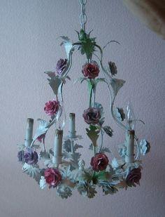 Unusual Lamps, Tole, Rose Decor, Interior Decor Themes, Vintage Decor, Chandelier, Shabby Chic Homes, Bedroom Vintage, Floral Chandelier