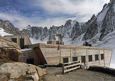 Refuge dArgentière par DécaLaage Architecture Chamonix, Refuge, Architecture, Mount Everest, Hiking, Mountains, Gallery, Building, Tech