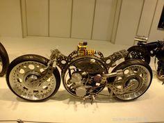 http://de.autoblog.com/photos/essen-motor-show-2013-die-bikes-50-fotos/1635179/