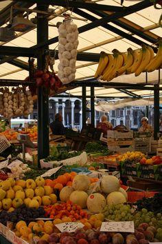Rialto Market. Vegetables & Fruits!