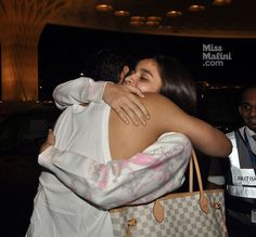 Airport Spotting: Alia Bhatt Hitches a Ride With Ayan Mukerji