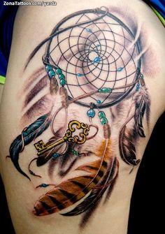 Tatuaje hecho por Jaroslav Snejdar, de Lleida (España). Si quieres ponerte en contacto con él para un tatuaje visita su perfil: http://www.zonatattoos.com/yarda  #tatuajes #tattoos #ink