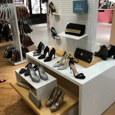 Bespoke Retail shop display - Shoe display created for the centre of your retail area. #shoedisplay #gondolaunit #shopfittings.