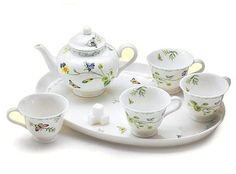 Lucinda Belle Botanical Girls' Tea Set – Roses And Teacups