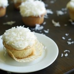 Put the Lime in the Coconut {cupcakes}...devour that last bite of summer!