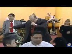 Pastor pidiendo dinero