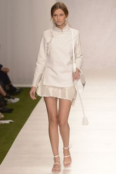 Mandarin Collar, Spring 2014, London Fashion, Fabric Crafts, Ruffles, Collars, Ready To Wear, Runway, High Neck Dress