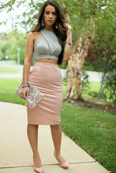 Carli Bybel - pretty spring look. My friends baby shower is at the end of this month, may try to replicate this look.