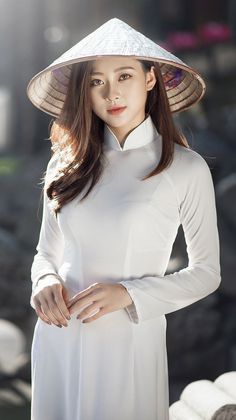I Began Using Neckties To Create New Fashion And Home Decor Ao Dai, Cosplay Outfits, Cosplay Girls, Vietnam Girl, Ulzzang Korean Girl, Beautiful Asian Girls, Traditional Dresses, Who What Wear, Asian Woman