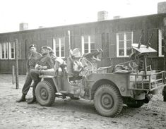 May well be due to cap badges, they also used some SAS spec armoured jeeps. Canadian Army, British Army, Special Air Service, Erwin Rommel, Army Ranks, Willys Mb, Military Special Forces, Old Jeep, The Empire Strikes Back