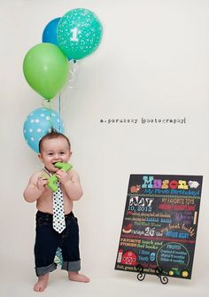 Cake smash, baby boy, birthday, first birthday, birthday party, blue, green, one year old, balloons