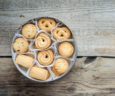 Can of Butter cookies By photos , Winter Food, Cake Cookies, Fudge, Christmas Cookies, Biscuits, Muffin, Food And Drink, Butter, Pie