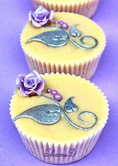 Rose Wedding Cupcakes