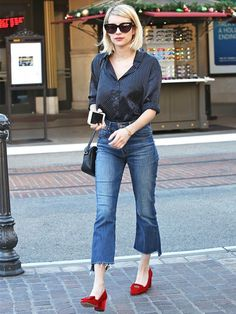 On Roberts: Alexa Chung for AG Dottie Silk Shirt ($155); Mother Insider Crop Step Fray Jeans ($228); Gucci Soho Bag ($980); Sunday Somewhere Laura 54mm Cat Eye Sunglasses ($270).