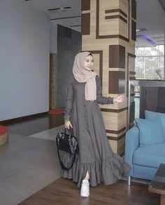 Modest Fashion Hijab, Modern Hijab Fashion, Abaya Fashion, Hijab Fashion Inspiration, Muslim Women Fashion, Islamic Fashion, Mode Abaya, Mode Hijab, New Dress Design Indian