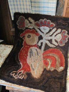 Fat Hen Farm Primitive Wool Hooked Rug Prim Rooster  ...~♥~