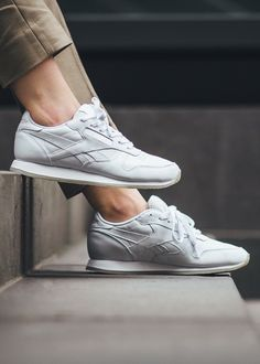 reebok classic leather clip mesh network