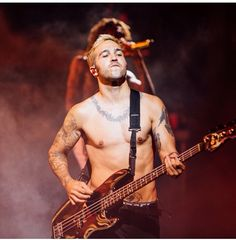 If Pete Wentz is taking his shirt off at the concerts I'll be there.❤️❤️❤️❤️