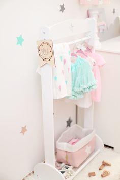 Fabryka Wafelków inspiruje – czyli czas na stworzenie mini garderoby dla najmniejszej – Zatrzymując czas – lekko o macierzyństwie