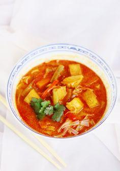 Zupa tajska z tofu