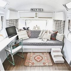 Genius Camper Remodel and Renovation Ideas to Apply 01