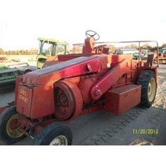 New Holland 1283. Salvaged for used parts. Call 877-530-4430 for parts. All States Ag Parts.