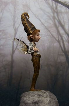 ≍ Nature's Fairy Nymphs ≍ magical elves, sprites, pixies and winged woodland faeries - Magical Creatures, Fantasy Creatures, Fantasy World, Fantasy Art, Kobold, Elves And Fairies, Clay Fairies, Believe In Magic, Fairy Dust