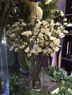 The perfect flower for spring time arrangements Faux Flowers, Spring Time, Floral Arrangements, Glass Vase, Seasons, Plants, Style, Fake Flowers, Swag