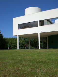 Poissy - La Villa Savoye de Le Corbusier - LANKAART