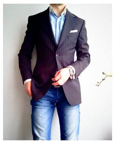 "Jeans and a blazer is just a solid go-to look. It is formal but says "" I'm here to party"""