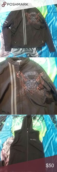 Harley Davidson jacket medium Harley Davidson medium jacket it fits a little bit bigger but perfect for a sweatshirt under it. Has a little hooded vest with it. Great condition Harley-Davidson Jackets & Coats