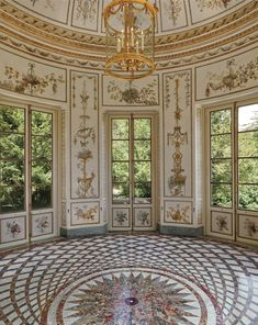 Marie Antoinette used the Belvedere Pavilion as a music room.