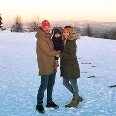 Krásný poslední den v roce a šťastný nový rok všem 🎉❤️ Canada Goose Jackets, Winter Jackets, Couple Photos, Instagram, Winter Coats, Couple Shots, Winter Vest Outfits, Couple Photography, Couple Pictures