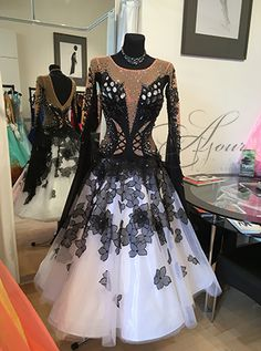 Latin Ballroom Dresses, Ballroom Costumes, Ballroom Dance Dresses, Mermaid Dresses, Classy Dress, Colorful Fashion, Dance Wear, Designer Dresses, Nice Dresses