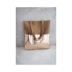 #Handtasche #Handmade #handgefertigt #in #deutschland #leder #beioleder #fair #produziert #von #elektropulli #kupfer #braun #schwarz #gold #silber #blau #deutschland #fashion #mode #trend #online #im #shop #lederbeutel #tasche #rucksack #turnbeutel