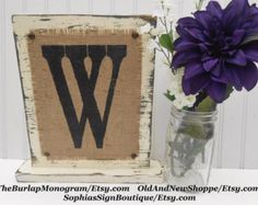 Signo de carta rústica arpillera pintado por OldAndNewShoppe