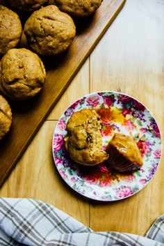sticky date banana muffins | theswirlingspoon.com