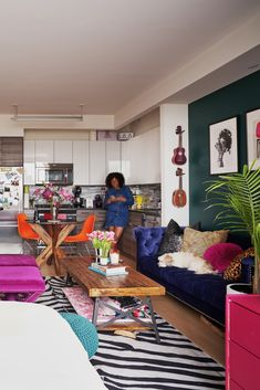 A Brooklyn Studio Fits a Ton of Color in a Small Space Home Living Room, Living Room Decor, Bedroom Decor, Studio Living, Entryway Decor, Studio Apartment Decorating, Apartment Therapy, Ikea Studio Apartment, Studio Apartments