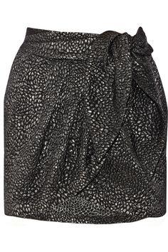 ISABEL MARANT Gaya Metallic Matelassé Mini Skirt. #isabelmarant #cloth #skirt