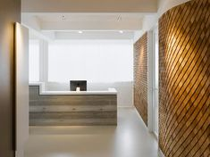 A Modern Office Space Design- Reception Area – Modern Corporate Office Design Corporate Office Design, Office Space Design, Modern Office Design, Corporate Interiors, Office Interior Design, Office Interiors, Interior Design Inspiration, Modern Interior, Design Ideas