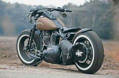 Learn the basics of how to design a bobber motorcycle from a Honda CB Four by discussing the simple aspects of the frame and lines. This one is a fantastic bobber walk-through you don't want to pass up on. Motos Honda, Motos Bobber, Bobber Bikes, Bobber Motorcycle, Bobber Chopper, Cool Motorcycles, Honda Cb, Motos Harley Davidson, Harley Davidson Road King