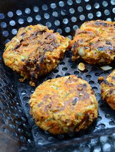 Amazing Spicy Chickpea Veggie Burgers - They actually hold together and the flavour is unreal! 1 can chickpeas, drained, well-rinsed,and mashed ½ red onion, finely diced 1 small zuchinni, grated 3 tbsp finely chopped cilantro 3 tbsp red wine vinegar 1 tbsp sriracha sauce 2 tbsp natural peanut butter 1 tsp cumin 1 tsp garlic powder 2 tsp black pepper ½ tsp sea salt 1 cup quick oats (gluten-free if needed) 2 tbsp olive oil